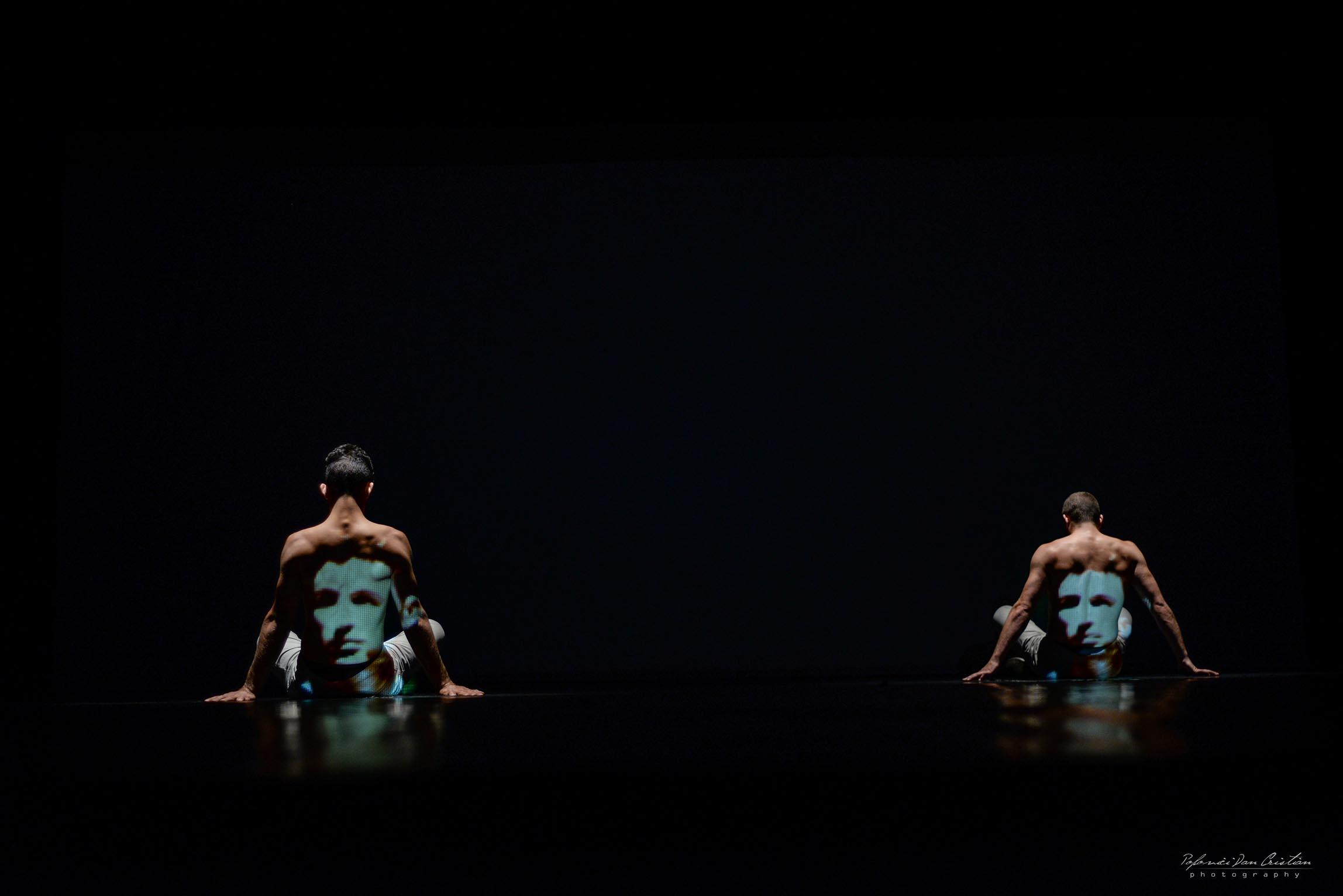 à l'ombre de coré bakhus danse